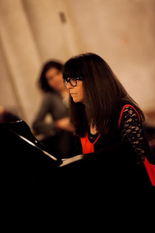Lola Perrin Concert